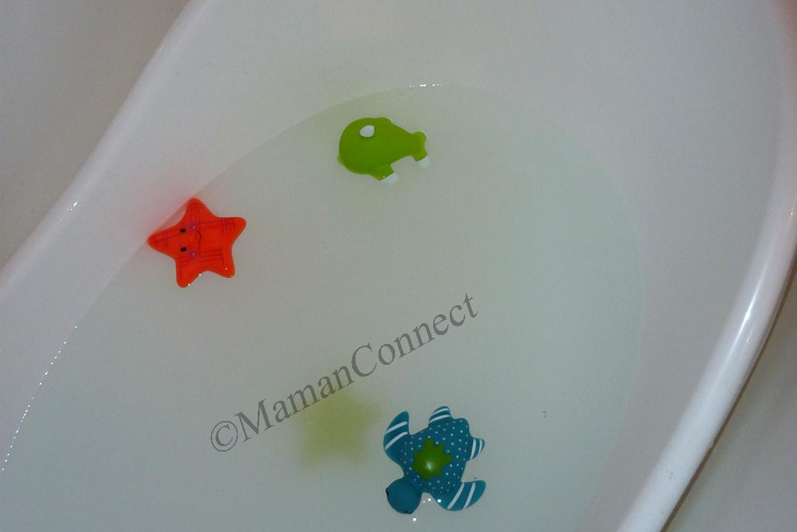 Un bain tout en douceur pour b b maman connect for Maman connect