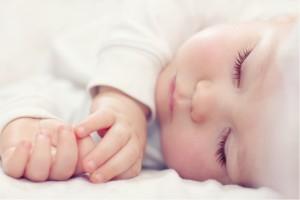 bebe qui dort - changement d'heure