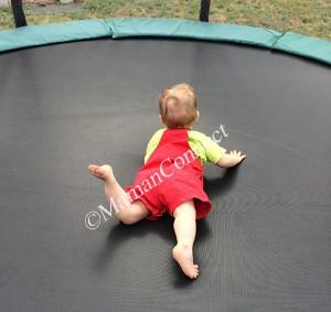 9 mois trampoline