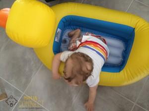 10 mois découverte de la piscine