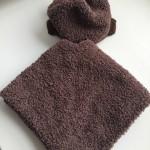 Poncho et bonnet tricot