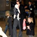 Angelina Jolie babybjorn