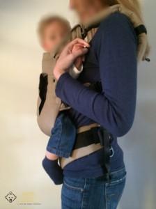 Porte-bébé Mucibi vue de profil