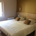 Chambre lit double cottage premium Center Parcs Bois aux daims