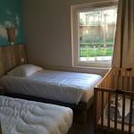 Chambre lits simple + lit bébé