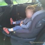 Position assise face à la route i-anchor Joie