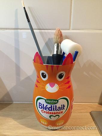 Pot à crayons avec outeille Blédilait croissance