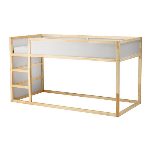 quand passer b b dans un lit de grand maman connect. Black Bedroom Furniture Sets. Home Design Ideas