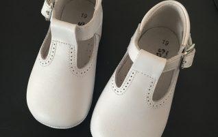 De jolies chaussures pour Louloutte