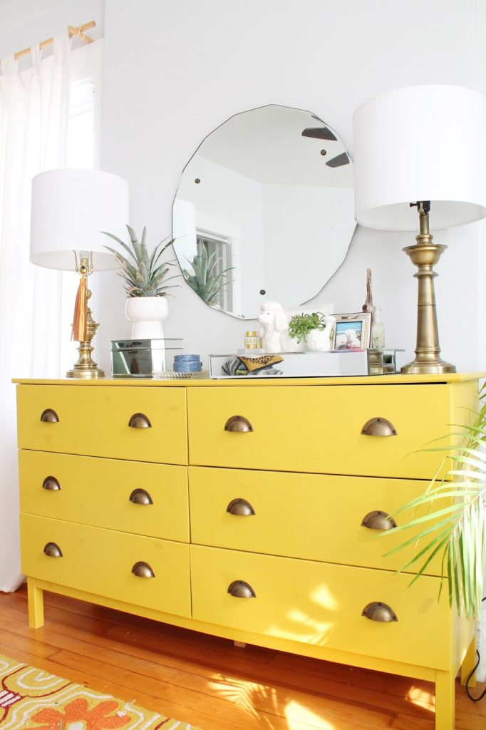 commode jaune ikea hacks