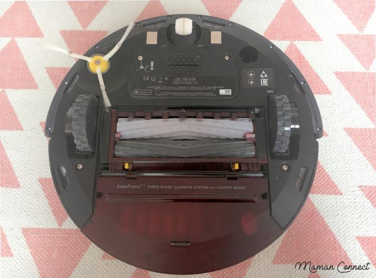 Dessous iRobot Roomba 980